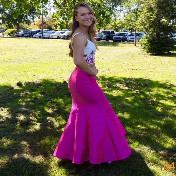 e94f39e27403 Jovani Dresses | 2 Piece Prom Dress | Poshmark